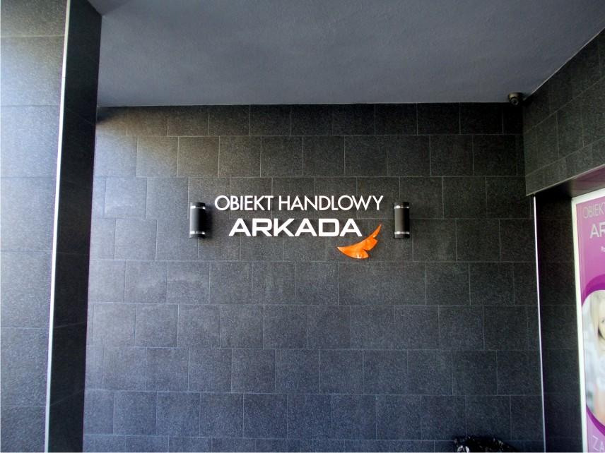 litery na budynek