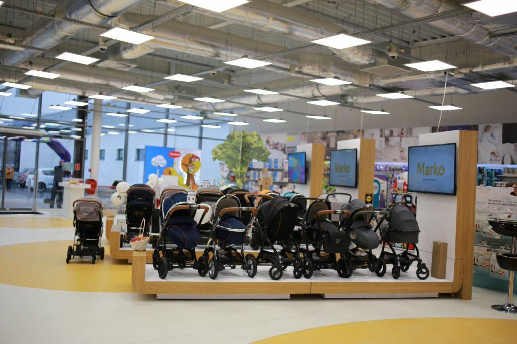 Gondole sklepowe do ekspozycji wózków dziecięcych